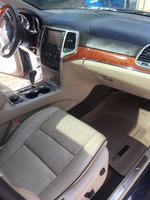 Picture of 2013 Jeep Grand Cherokee Overland 4WD, interior