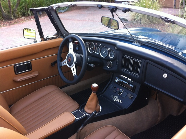 Picture of 1973 MG MGB, interior