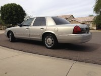 Picture of 2010 Mercury Grand Marquis LS