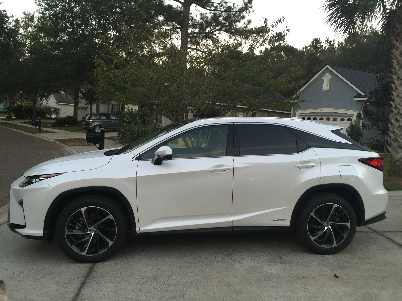 Picture of 2017 Lexus RX 450h AWD