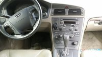 Picture of 2002 Volvo V70 2.4T, interior