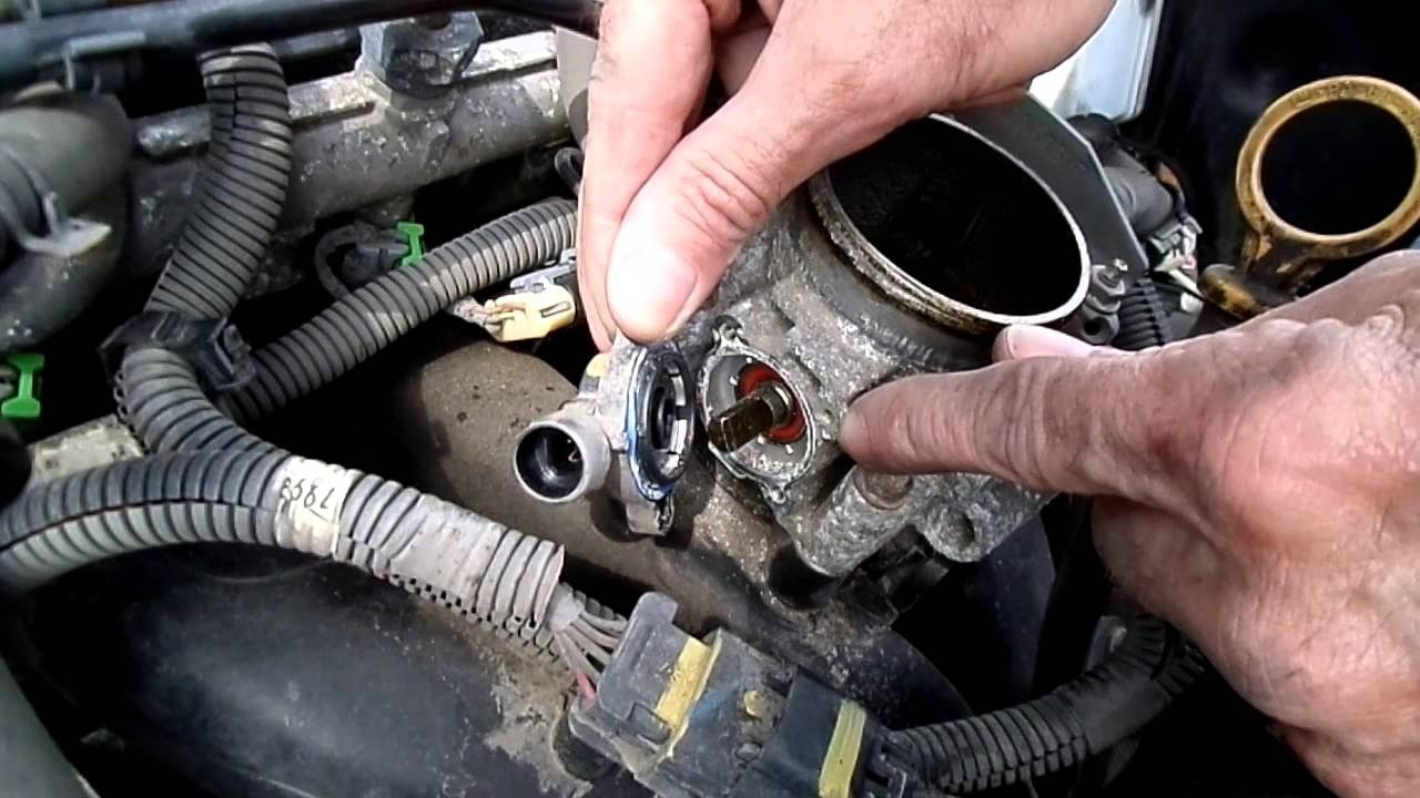 Chevrolet Cobalt Questions Where Is The Throttle Position Sensor Located Cargurus