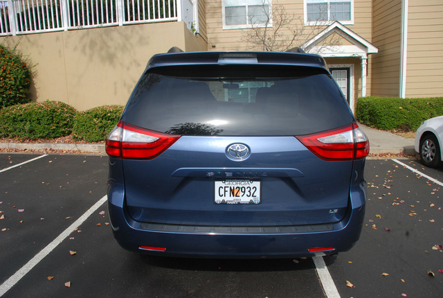 Picture of 2017 Toyota Sienna LE 8-Passenger