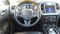 Picture of 2016 Chrysler 300 C, interior