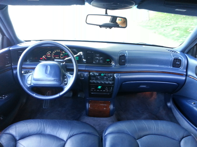 1995 Lincoln Continental - Interior Pictures