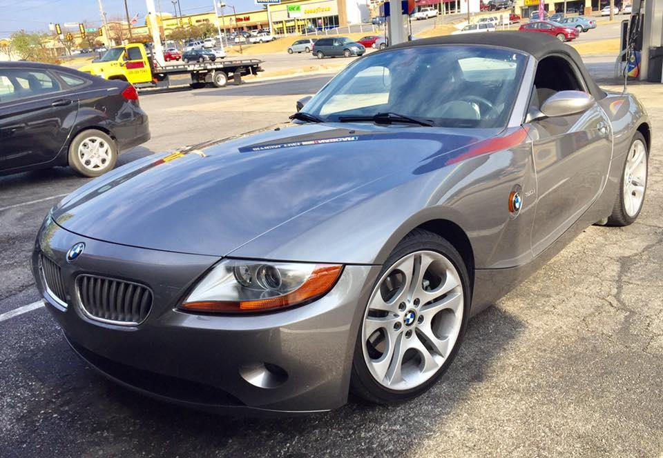 bmw z4 questions selling my z4 roadster 3 0 convertible. Black Bedroom Furniture Sets. Home Design Ideas