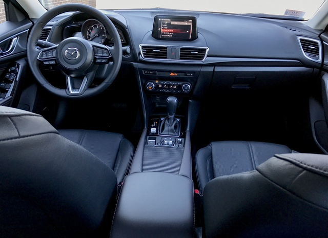 2017 Mazda MAZDA3, 2017 Mazda3 Dash, interior, gallery_worthy