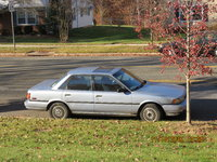 1989 Toyota Camry LE, '89 Camry LE, 4cyl. Auto, PS, PB, AC and Sunroof. Has 245338 original m.  Fairly good condition. Drives well. Orig. owner, engine and trans. 28-30 mpg. Serviced at Pat Goss garag...