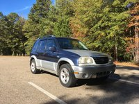 2000 Suzuki Grand Vitara Picture Gallery