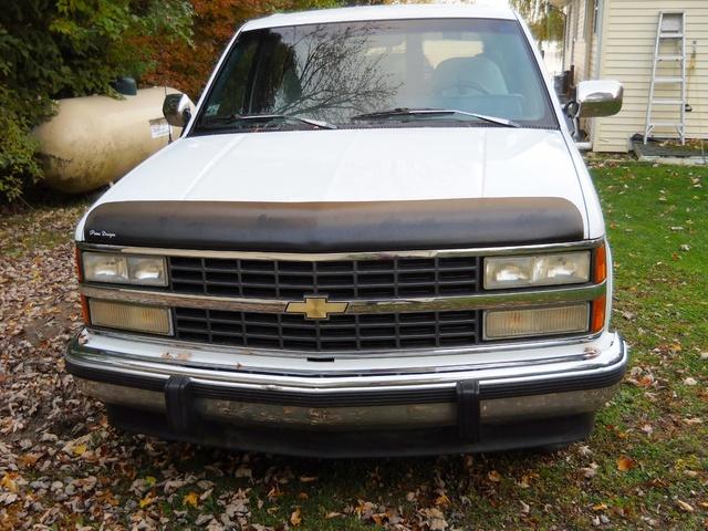 Picture of 1993 Chevrolet Suburban C1500