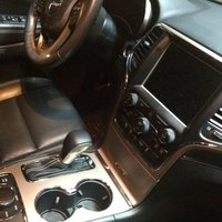 Picture of 2016 Jeep Grand Cherokee Limited 4WD, interior