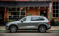 Picture of 2015 Volkswagen Touareg TDI Lux, exterior, gallery_worthy