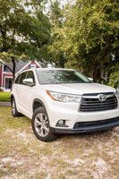 Picture of 2015 Toyota Highlander LE, exterior