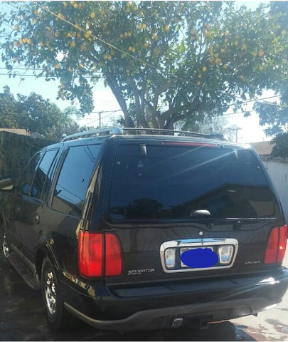Picture of 1999 Lincoln Navigator 4 Dr STD SUV, exterior