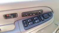 Picture of 2004 GMC Yukon SLT 4WD, interior
