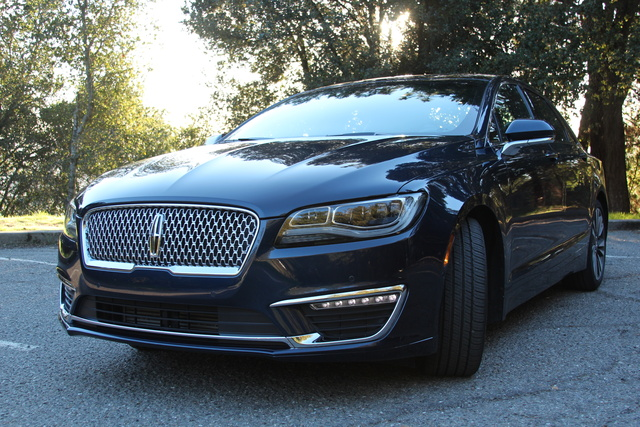 Picture of 2017 Lincoln MKZ, exterior, gallery_worthy