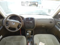Picture of 2000 Mazda Protege DX, interior