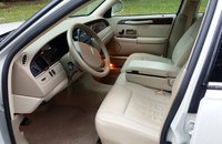 Picture of 2007 Lincoln Town Car Signature, interior