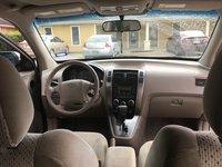 Picture of 2005 Hyundai Tucson GL 2WD, interior