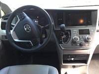 Picture of 2017 Toyota Sienna LE 8-Passenger, interior