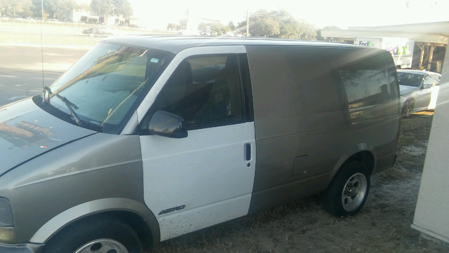Picture of 2003 GMC Safari Cargo 3 Dr STD Cargo Van Extended