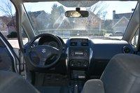 Picture of 2009 Suzuki SX4 LE, interior
