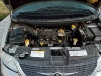 Picture of 2002 Chrysler Town & Country Limited, engine
