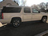 Picture of 2014 GMC Yukon XL Denali 4WD, exterior