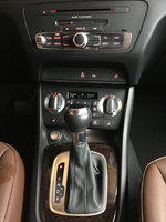 Picture of 2015 Audi Q3 2.0T Quattro Premium Plus, interior
