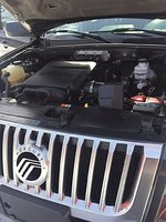 Picture of 2010 Mercury Mariner Base 4WD, engine