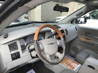 Picture of 2008 Chrysler Aspen Limited, interior