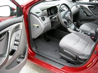 Picture of 2016 Hyundai Elantra SE Sedan FWD, interior, gallery_worthy