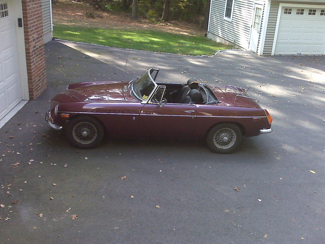 Picture of 1970 MG MGB
