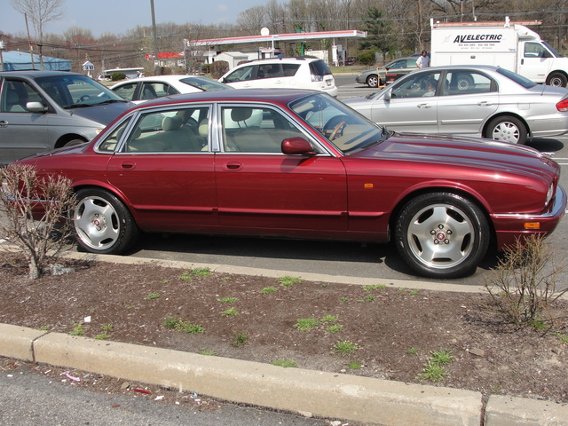 Picture of 1996 Jaguar XJR 4 Dr Supercharged Sedan