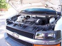 Picture of 2004 Chevrolet Express G2500 Passenger Van, engine
