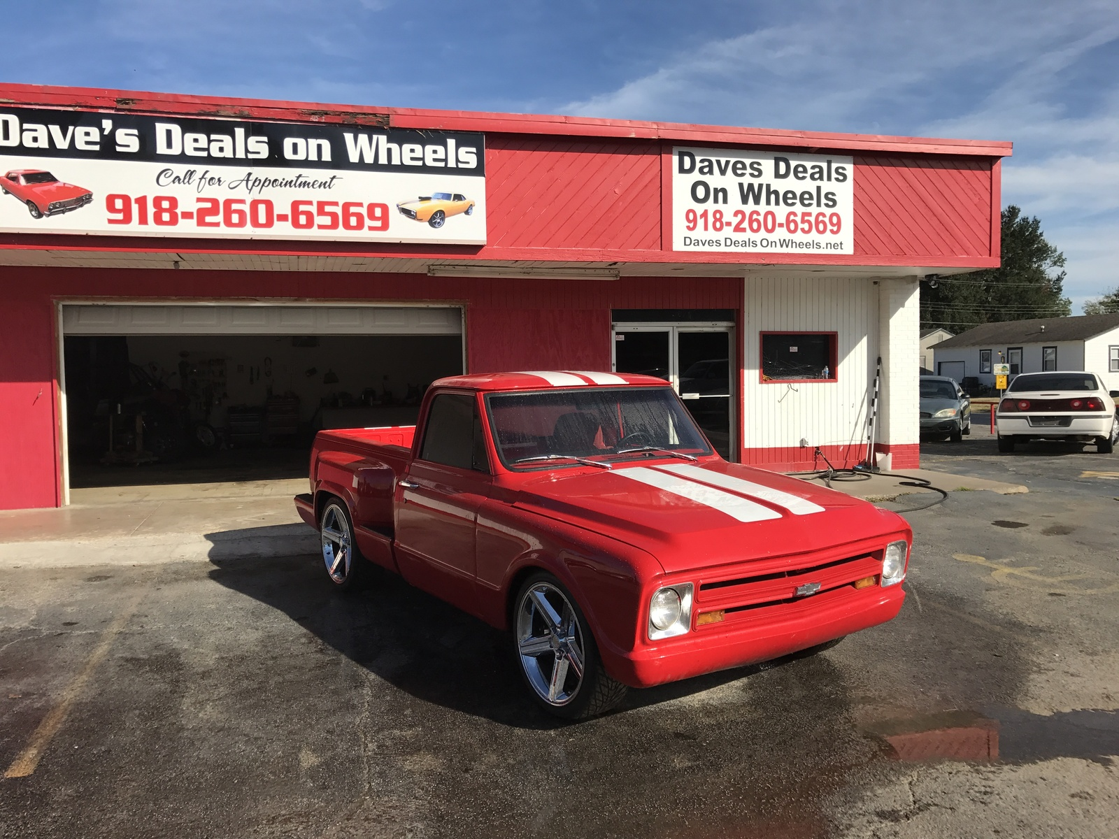 new wheels auto sales used cars lansing mi dealer sexy girl and car photos. Black Bedroom Furniture Sets. Home Design Ideas