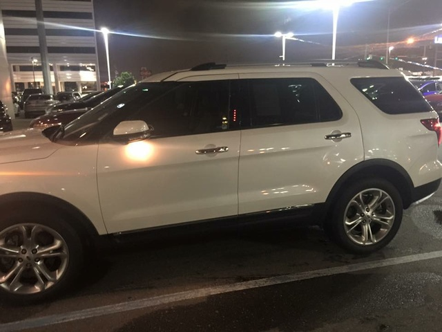 2015 ford explorer limited abedell owns this ford explorer check it. Black Bedroom Furniture Sets. Home Design Ideas