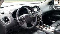 Picture of 2013 Nissan Pathfinder SL, interior