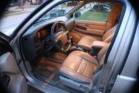 Picture of 1999 Infiniti QX4 4 Dr STD 4WD SUV (1999.5), interior