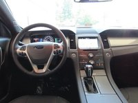 Picture of 2015 Ford Taurus SEL, interior