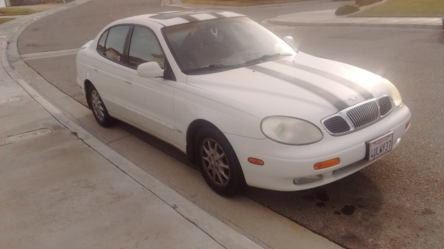 Picture of 2000 Daewoo Leganza 4 Dr CDX Sedan