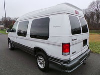 2000 Ford E-250 Overview