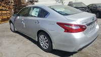 Picture of 2016 Nissan Altima 2.5 S, exterior