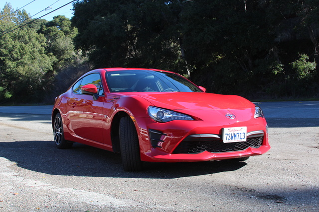 Picture of 2017 Toyota 86