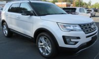 Picture of 2017 Ford Explorer XLT, exterior, gallery_worthy