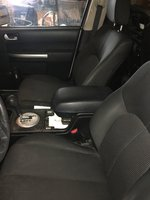 Picture of 2010 Mitsubishi Endeavor LS AWD, interior