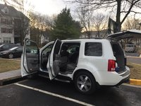 Picture of 2014 Honda Pilot Touring 4WD, exterior