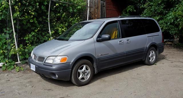 Picture of 1999 Pontiac Montana 4 Dr STD Passenger Van