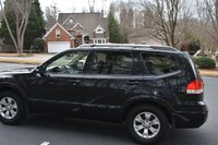 Picture of 2009 Kia Borrego Limited V8 4WD, exterior