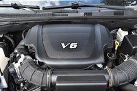 Picture of 2009 Kia Borrego Limited V8 4WD, engine